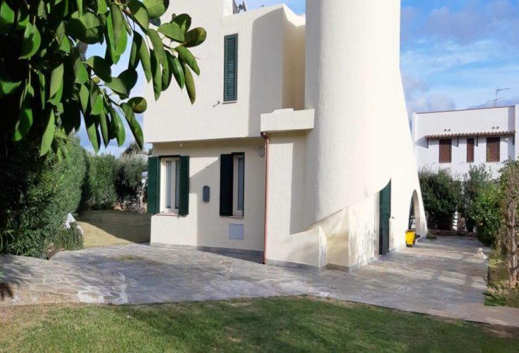 Villa-Laura-facciata-esterna-rid-7-1024x683