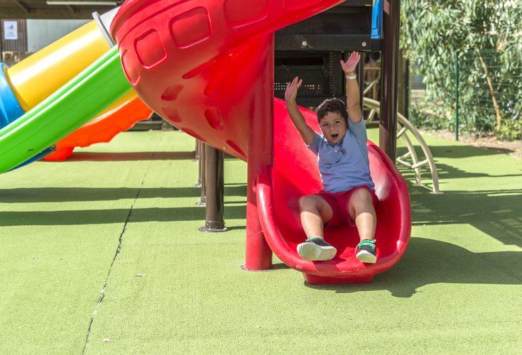 camping-family-village-4-mori-sardegna-parco-giochi3